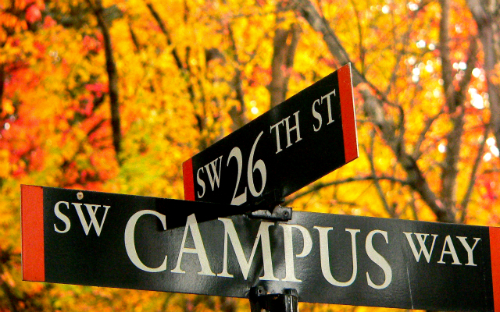 26th and Campus Way Streetsigns